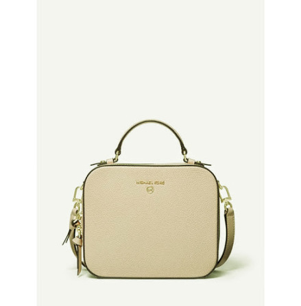 Jet Set Charm; Medium Crossbody, light sand